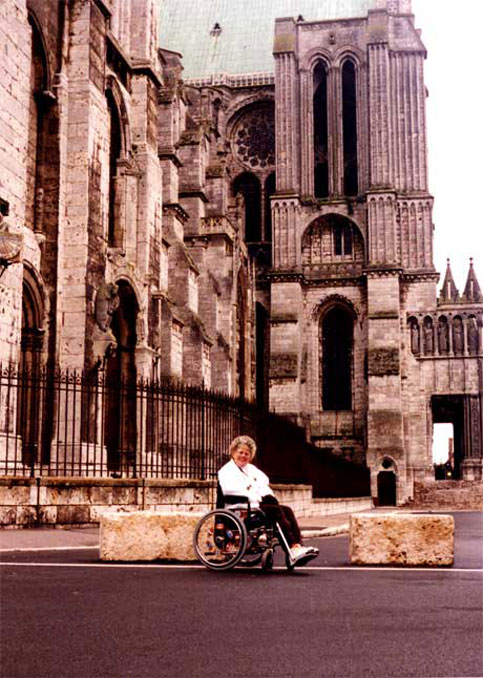 Disabled Travelers Guide: Chartes